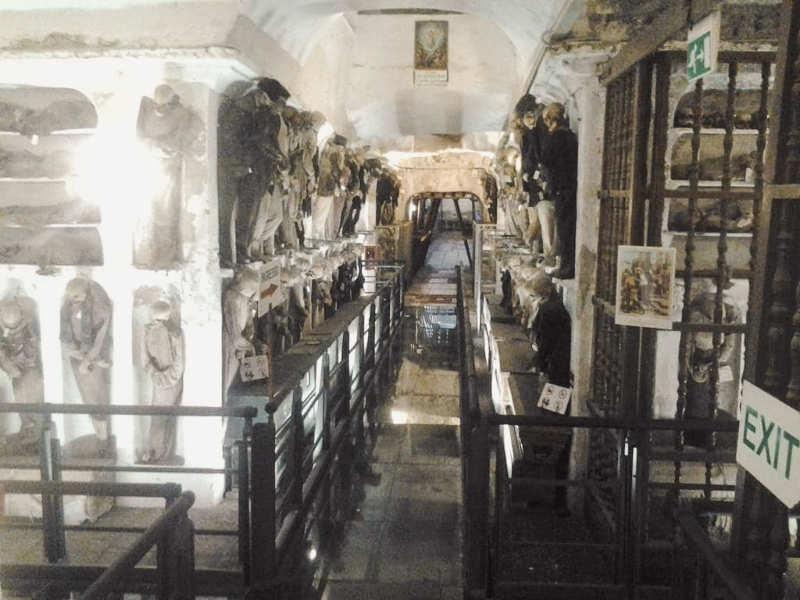 Abadía de los capuchinos y catacumbas