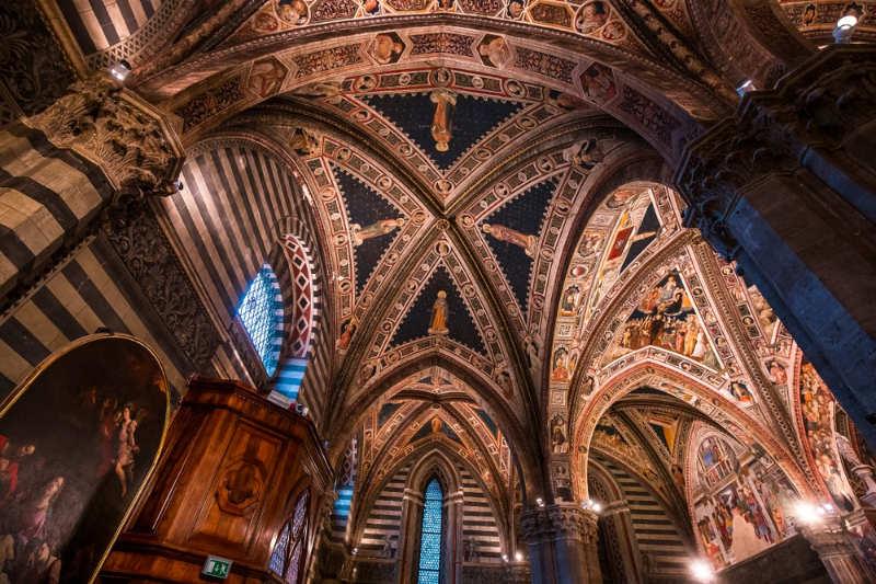Baptisterio de Santa Maria Assunta - que ver en siena