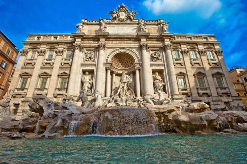 Fontana di Trevi - que visitar en roma