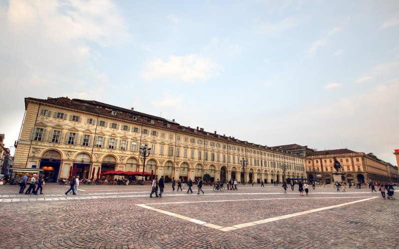 Piazza-San-Carlo-cosas-que-ver-en-turin
