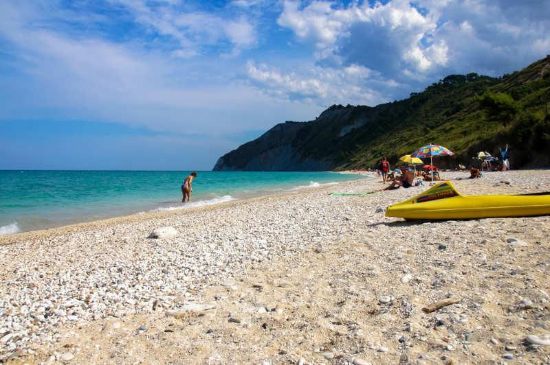 Playa Mezzavalle - playas italia