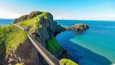 Puente-de-cuerda-Carrick-a-Rede-cosas-que-ver-en-irlanda-del-norte
