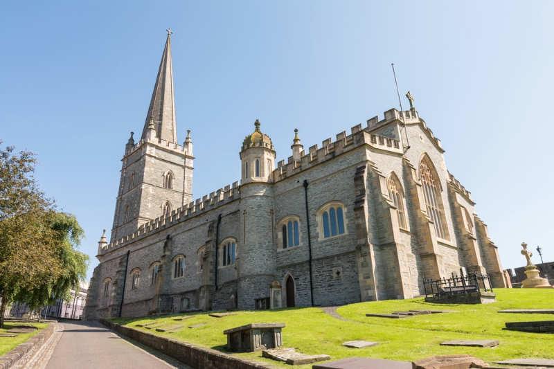 St-Columb's-Cathedral-que-visitar-en-derry