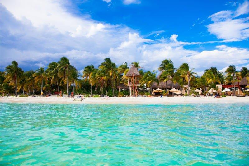 isla mujeres tour catamaran
